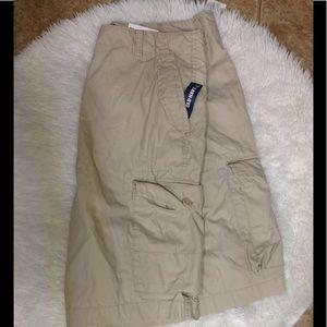 Men's NWT size 36 OLD NAVY cargo shorts